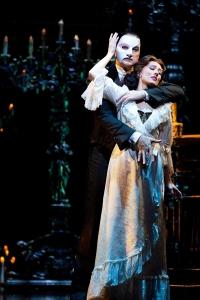 material world singapore-phantom of the opera-1