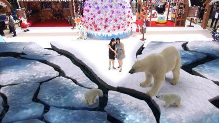 Marina Square AR Winter Wonderland Polar Bears