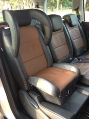 Integrated child seat in the Sharan
