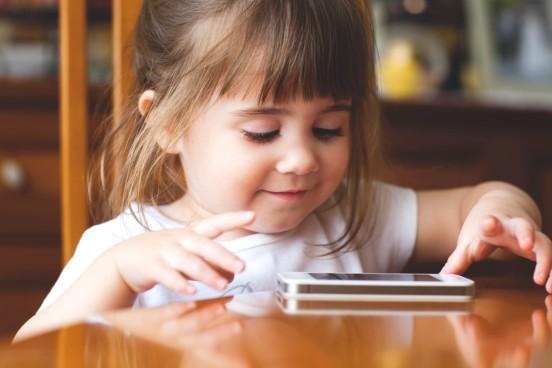 material-world-children-technology