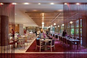 singapore-restaurant-melt-the-world-cafe-hero