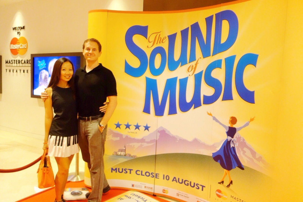 [Material Moms] The Sound of Music: A Review - Beverly Burgess